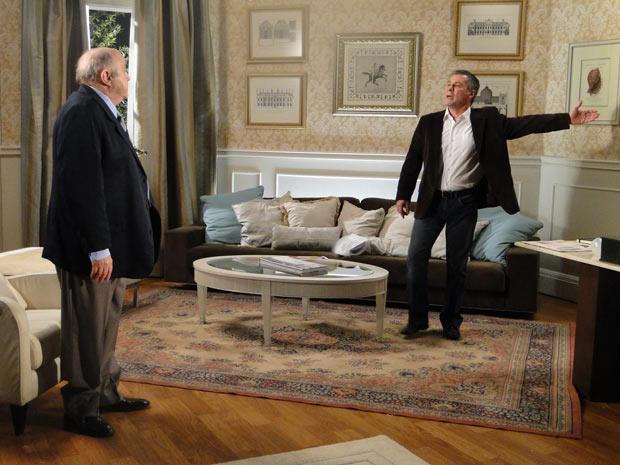 Gustavo se altera e pede para Giancarlo se retirar