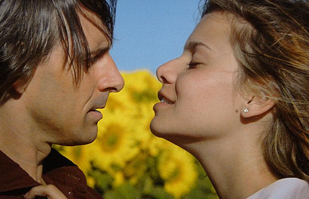 Manuela prefere Solano ao pai