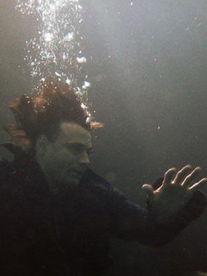 Solano se afoga?