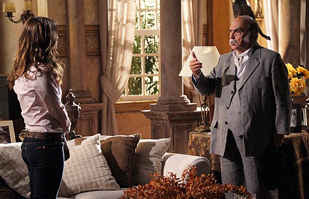 Max briga com Manuela