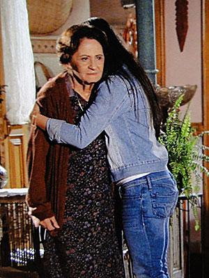 Estela e Mariquita sofrem juntas por Solano