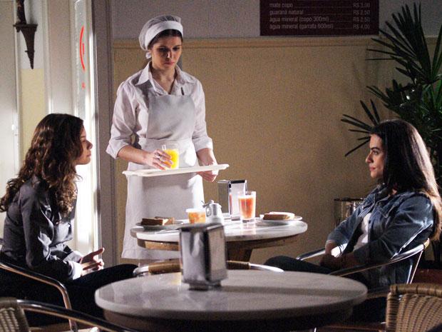 Manuela e Estela: ironias e deboches na tentativa de trégua