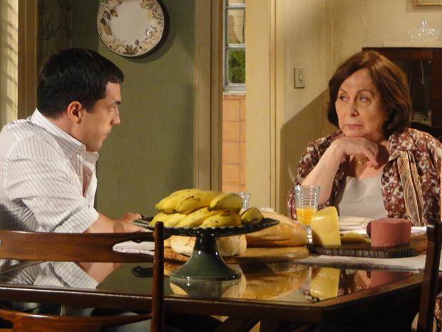 Gemma revela tudo o que Clara fez a Totó