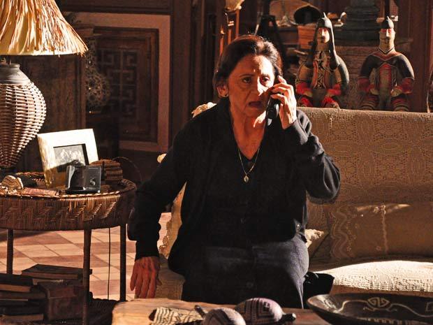Mariquita reage ao ouvir a voz de Beatriz