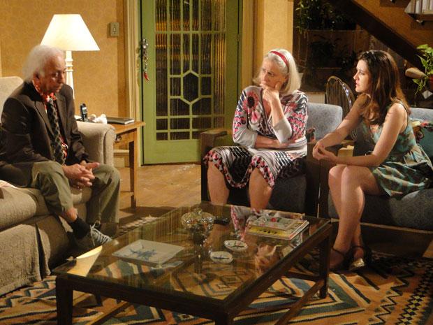 Fortunato confirma que Gerson é inocente e Felícia e Candê se emocionam