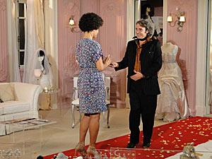 Clotilde ajuda Jacques a se preparar