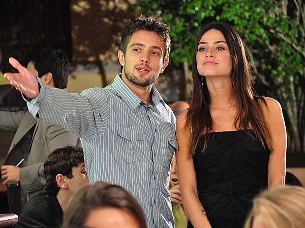 Jorgito apresenta Fabinho a Amanda_01