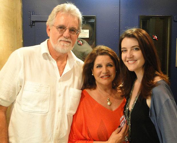 Larissa Maciel traz família para acompanhar gravações