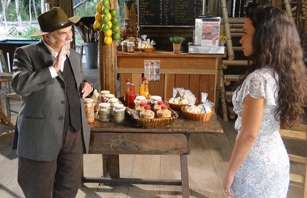 Max oferece dinheiro para Janaína deixar Fred