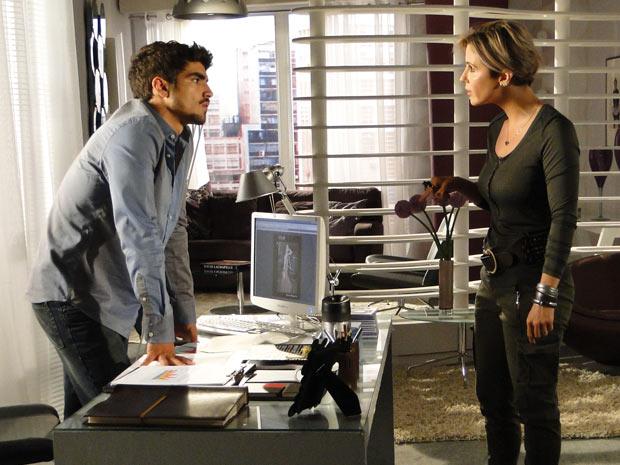 Luisa fica revoltada e discute com Edgar