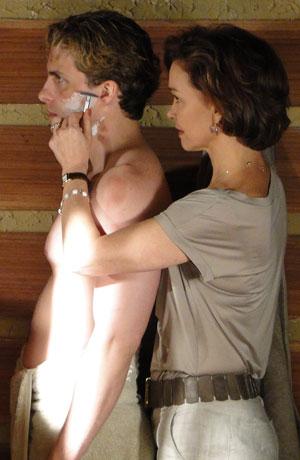 Amélia e Vitor: intimidade