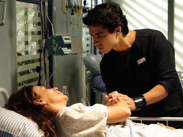 Julinho vai ver a mãe no hospital