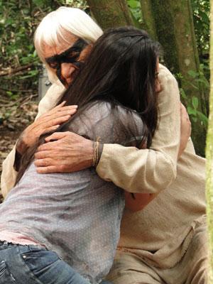 O abraço que Manuela viu