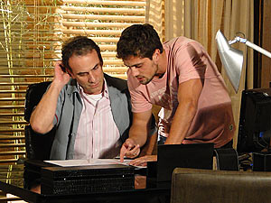 Gino pede ajuda para entender os balancetes da empresa