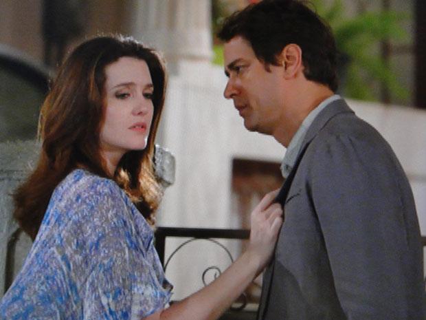 Felícia fica arrasada com a decisão de Gerson