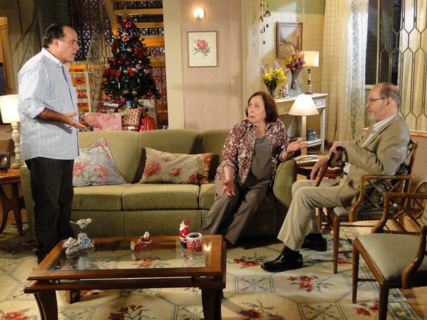 Totó fica surpreso quando Antero revela que foi abandonado no altar por Gemma