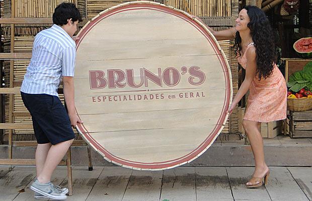 Bruno é homenageado pela mãe no novo nome do empório