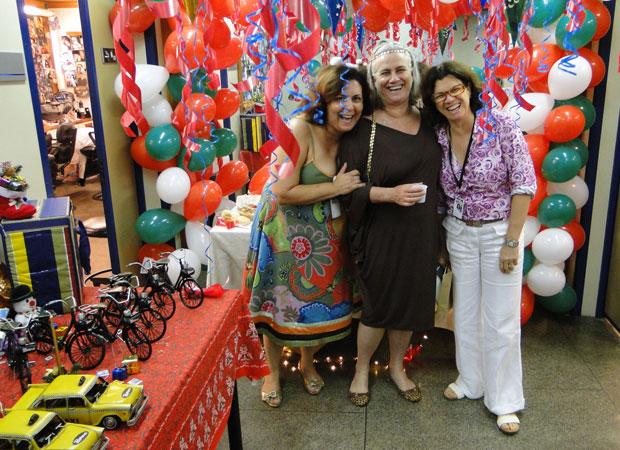 Caracterizadora Carmen Bastos, Vera Holtz e Denise Saraceni, diretora de núcleo