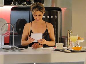 Luisa encontra o bilhete deixado por Edgar