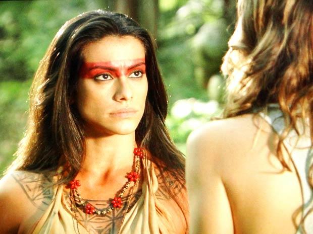 Estela diz que só o amor dela salva Solano