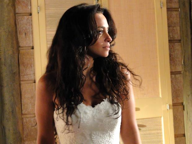 Ela ficou linda de noiva