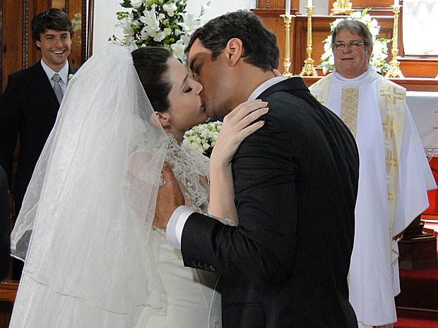 Gerson e Felícia se casam...