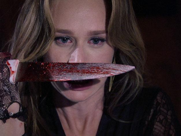 Clara assassinou Saulo com uma faca