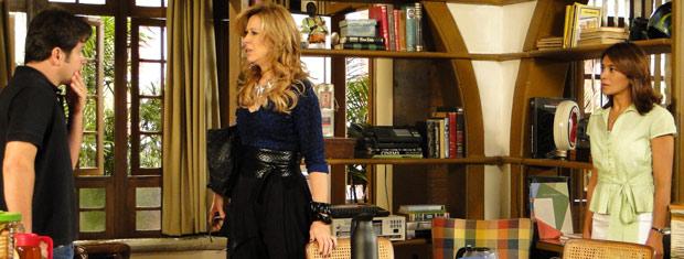 Marta fica decepcionada com Ari