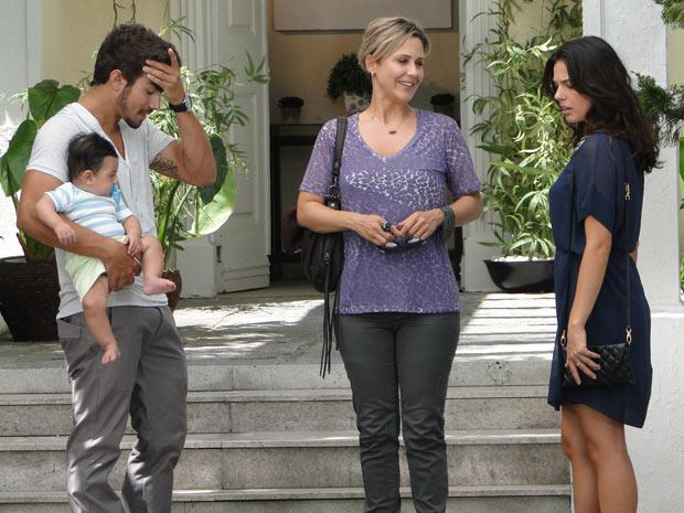 Luisa revela que está grávida e deixa Edgar e Marcela chocados