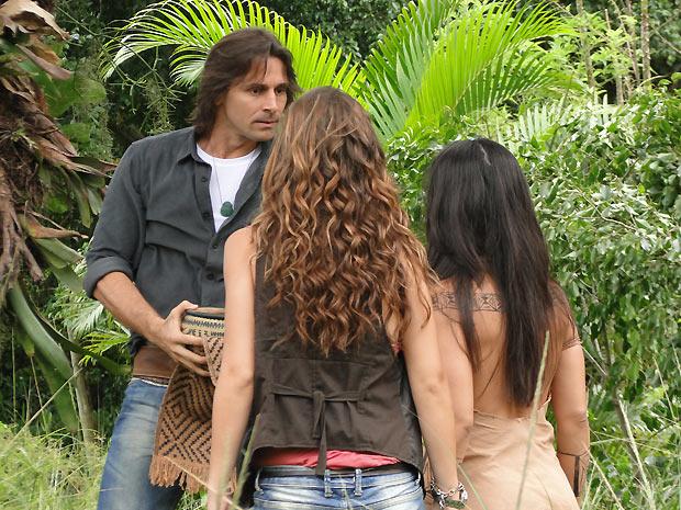 Solano e Manuela chegam temendo o pior
