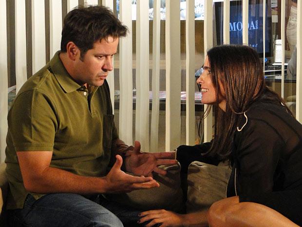 Ari conta para Suzana o segredo de Jacques Leclair