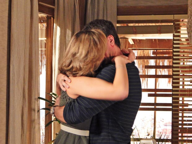Pedro e Marina podem se beijar de novo, dessa vez sabendo quem são