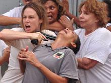 Armada e perigosa, Clara foge da prisão (passione/tvglobo)