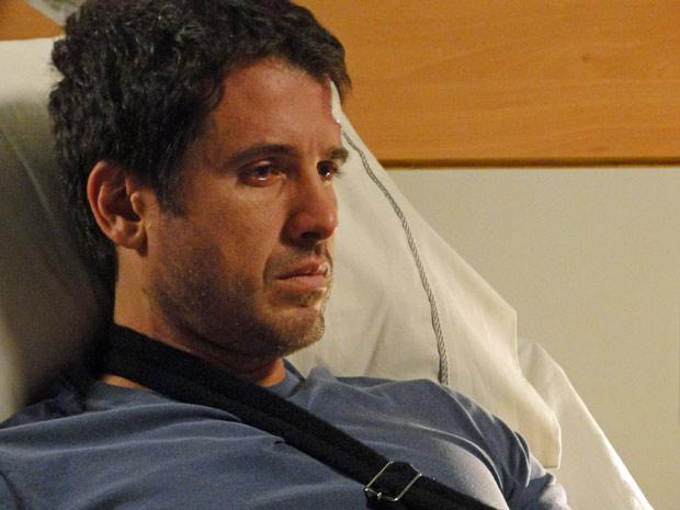 Pedro se snete responsável pela morte de Luciana