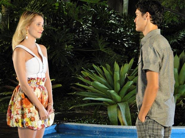 Ângelo e Camila resolvem ser só amigos