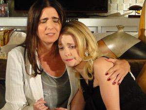Suzana consola Camila