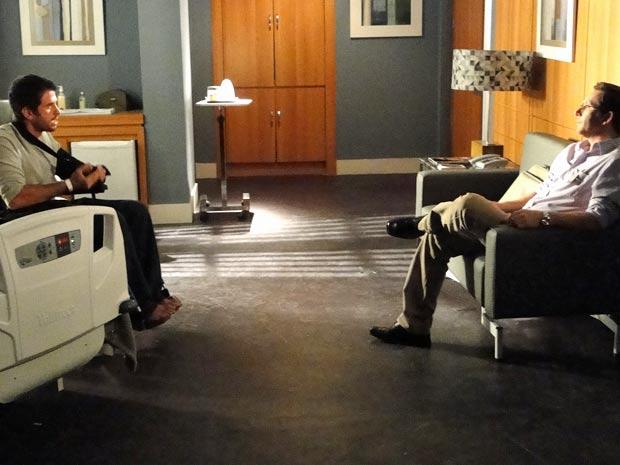 Silvio e Pedro conversam francamente