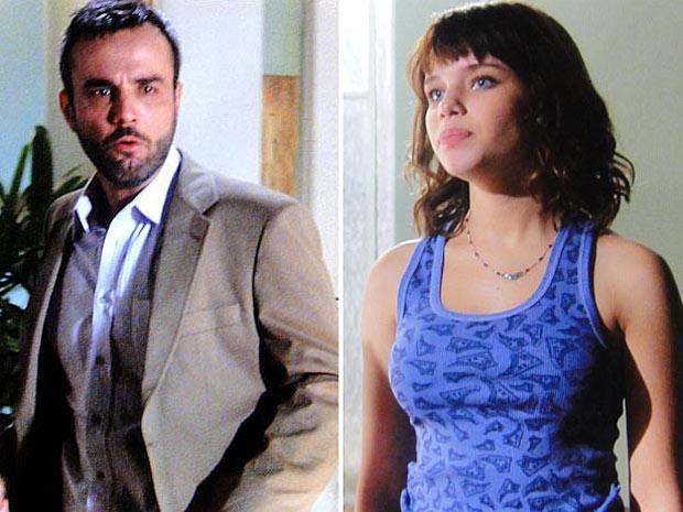 Júlio descobre que Leila transou com Cadu