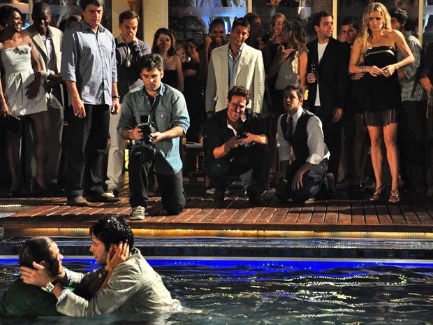 Alejandro divide cena com Daniel Del Sarto
