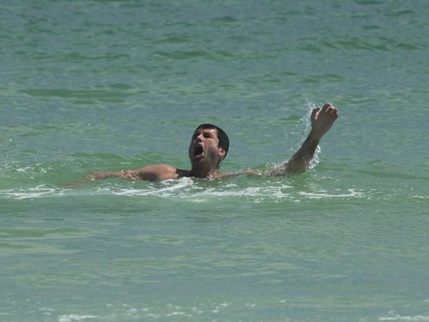 O mergulho de Pedro termina mal