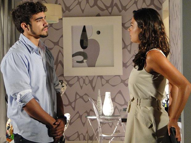 Marcela pede um tempo para Edgar