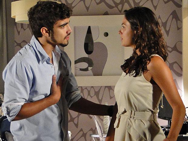 Edgar se declara para Marcela