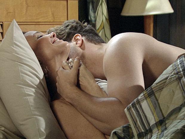 Vitor e Amélia se amam intensamente