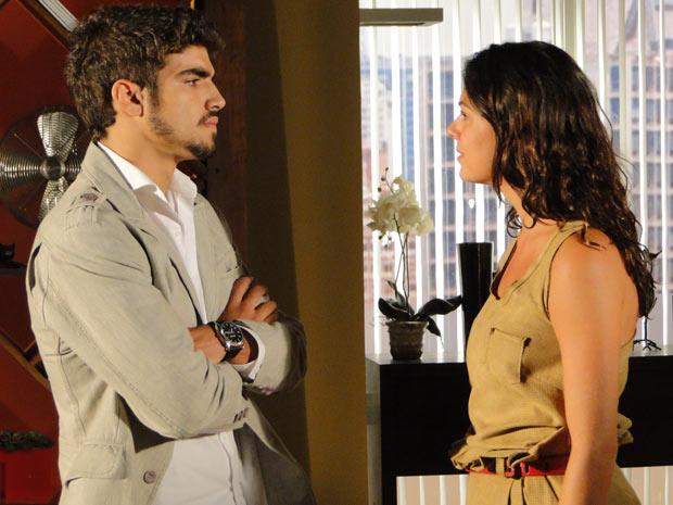 Edgar exige uma decisão de Marcela