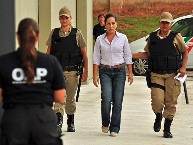 Norma vai para a cadeia