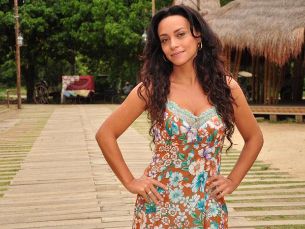 Suzana Pires se prepara para ser musa do carnaval: exercícios e alimentação