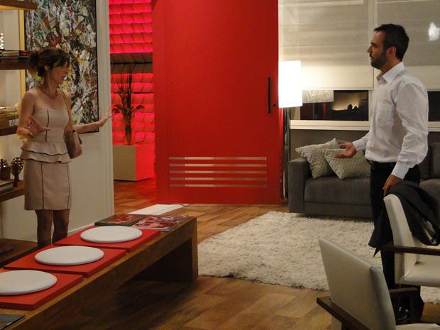 Eunice reclama com Júlio