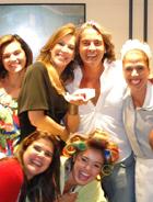 Claudia Raia faz festa surpresa (Ti-ti-ti/TV Globo)