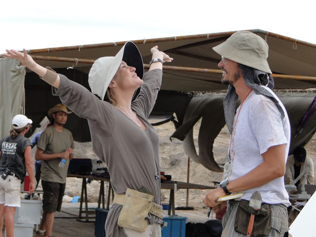 Júlia comemora com Cristiano a descoberta de um fóssil no Japão