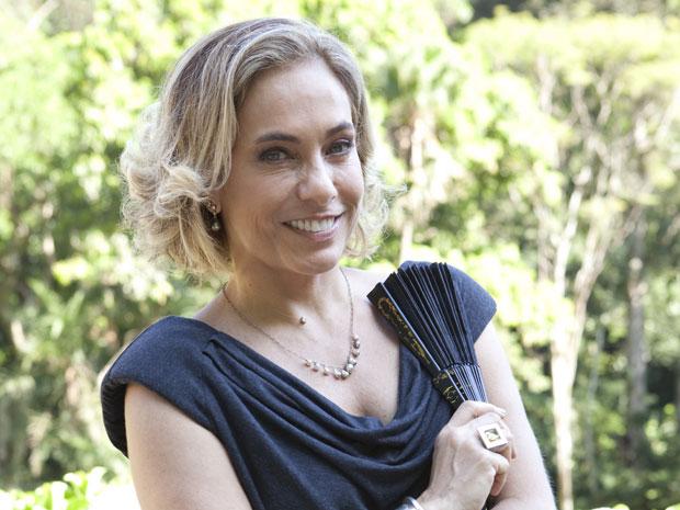 Cissa Guimarães conta que Augusta é uma mulher  sofisticada (Foto: TV Globo/Felipe Monteiro)